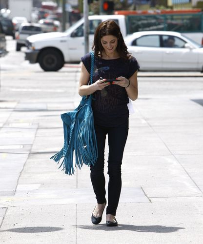 mais new candids (44 HQ) of Ashley Greene (@AshleyMGreene) heading to an audition in LA 5/13