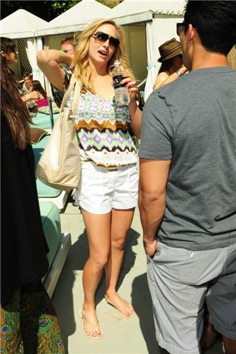 lebih foto-foto from Candice's Birthday Celebration with Turn The Corner & Armani Exchange! [15/05/11]