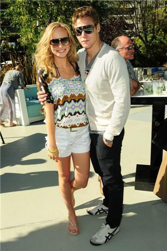 mais fotografias from Candice's Birthday Celebration with Turn The Corner & Armani Exchange! [15/05/11]