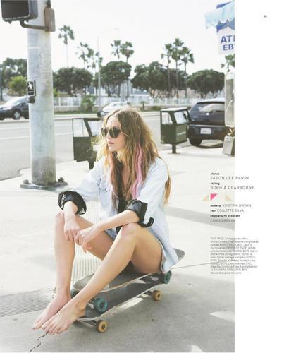 New चित्रो of Noot Seear in Foam Magazine