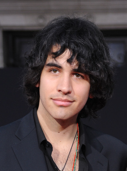 Nick-Simmons-nick-simmons-22037491-444-5