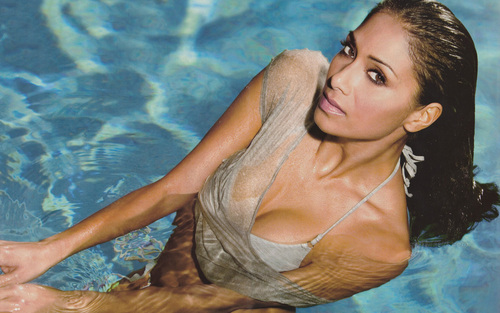 Nicole Scherzinger wallpaper with a hot tub, a bikini, and a water called Ns