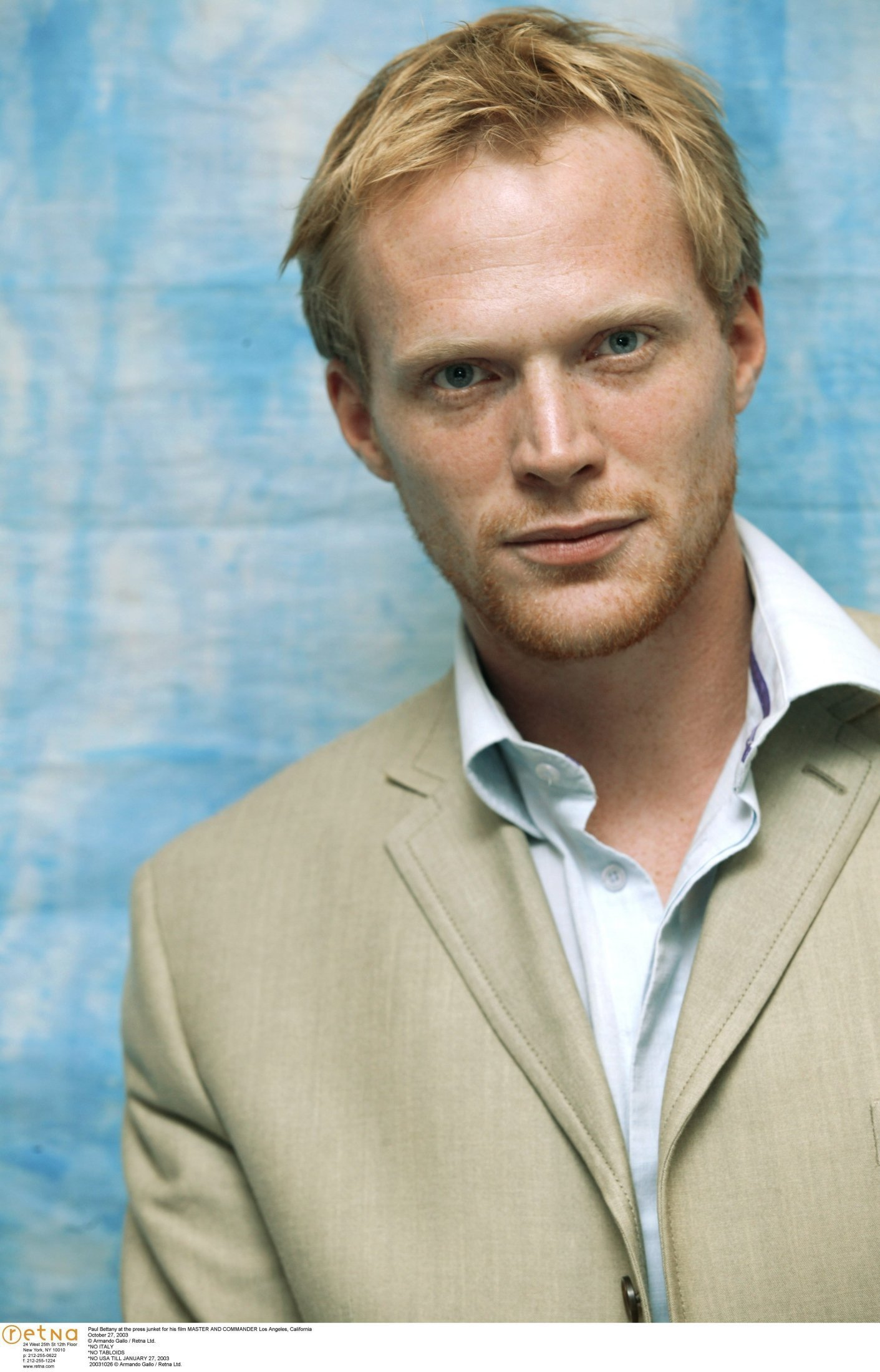 Paul Bettany - Wallpaper Hot