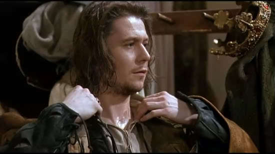 hamlet vs rosencrantz and guildenstern are Free essay: hamlet questions vs assignment 7 how does hamlet behave initially with rosencrantz and guildenstern (through 22216-66) is it different from.