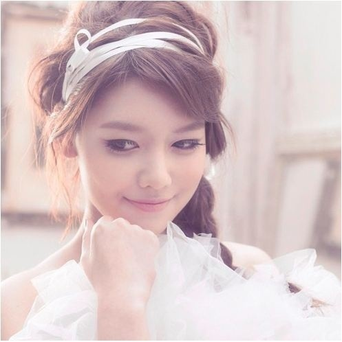 http://images4.fanpop.com/image/photos/22000000/SNSD-Sooyoung-First-Japan-Album-kpop-views-criticism-latest-news-22073317-497-498.jpg