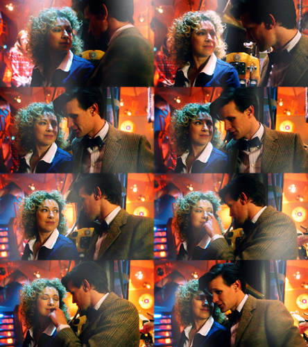 The Doctor and River Song karatasi la kupamba ukuta called The Impossible Astronaut
