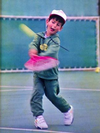 Young Novak Playing tenis (Aww Bless) cinta Everyfing Bout The Serbernator 100% Real ♥