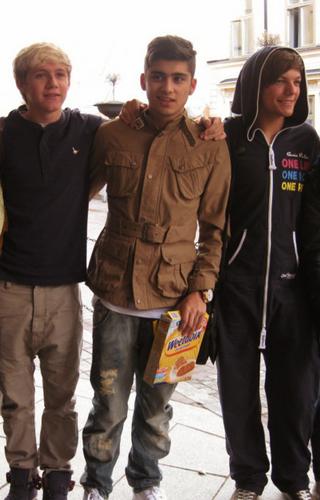 1D = Heartthrobs (Enternal 爱情 4 1D )Niall, Zayn & Louis In Sweden! 100% Real ♥