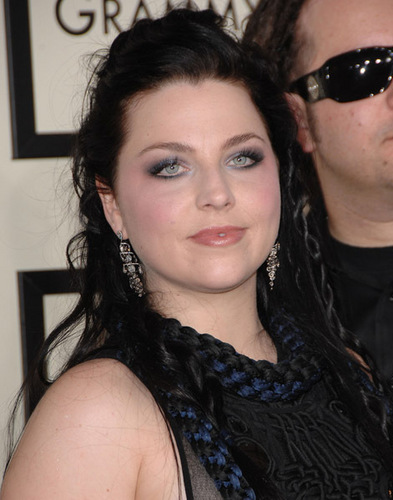 Evanescence wallpaper probably containing sunglasses entitled Amy Lee At The Grammys