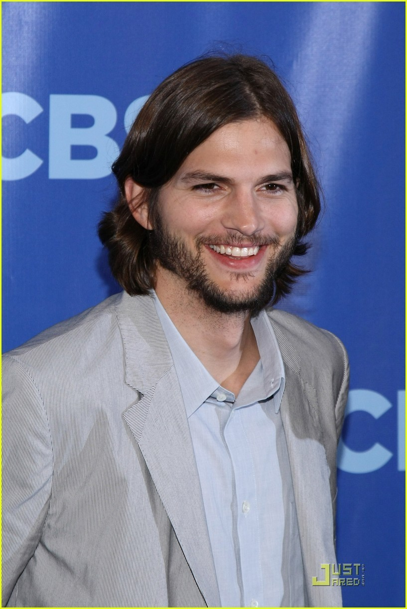 Ashton Kutcher: 'Two and a Half Men' at the Upfronts! - ashton-kutcher photo
