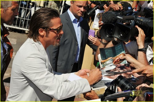 Brad Pitt: Cannes Foto Call for 'Tree of Life'