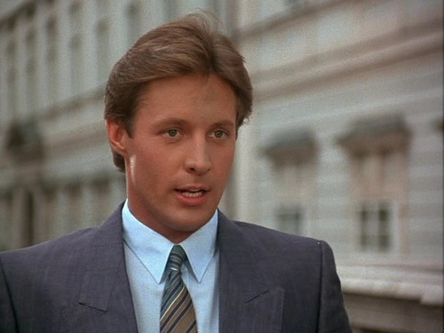 Scarecrow and Mrs. King achtergrond containing a business suit, a suit, and a two piece entitled Bruce Boxleitner as Lee Stetson