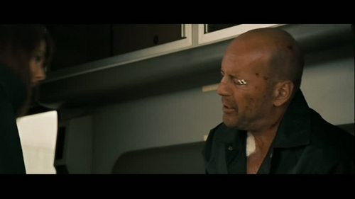Bruce in 'Live Free or Die Hard' - bruce-willis Screencap