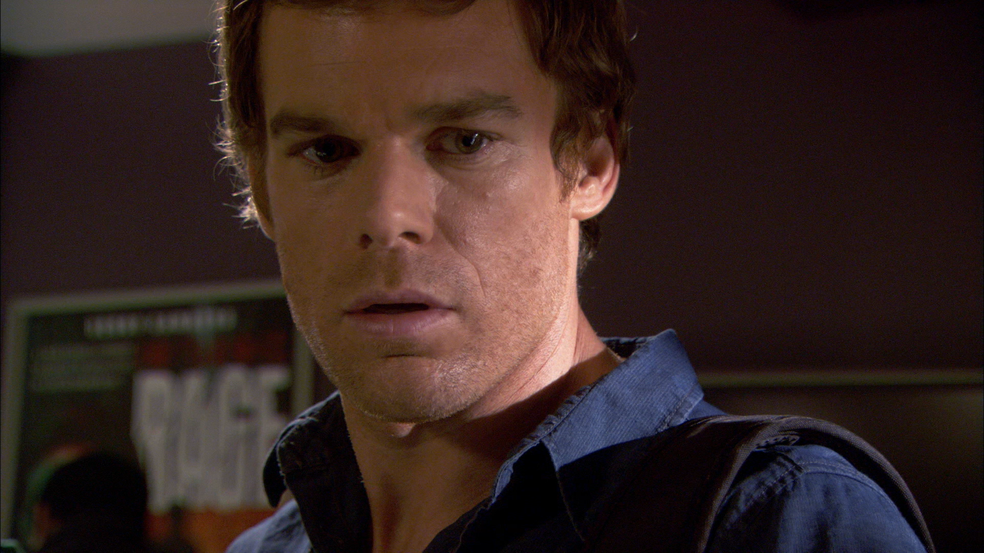 dexter dating show Dexter star michael c hall is secretly dating his onscreen sister jennifer carpenter, despite the disapproval of their tv bosses the pair plays siblings dexter and debra morgan in the hit.