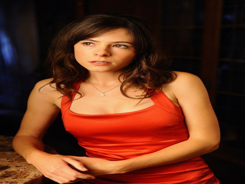 Elaine Cassidy - Wallpaper Actress