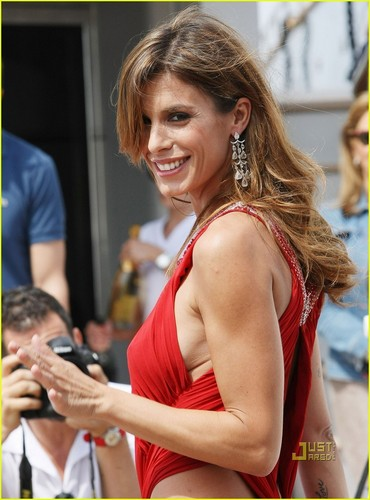 Elisabetta Canalis: Red Hot on Roberto Cavalli's Boat!