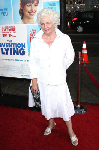 Fionnula @ 'The Invention of Lying' Premiere - 2009