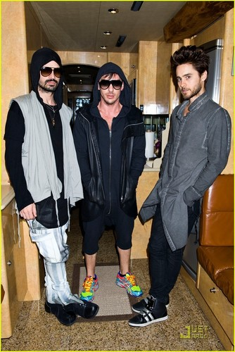Jared Leto: Museum of Sex Visit with 30 giây to Mars!