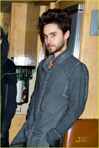 Jared Leto: Museum of Sex Visit with 30 segundos to Mars!