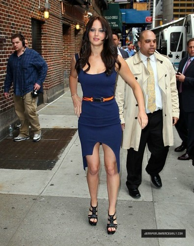 Jennifer Lawrence Leaving David Letterman Show (May 19, 2011)