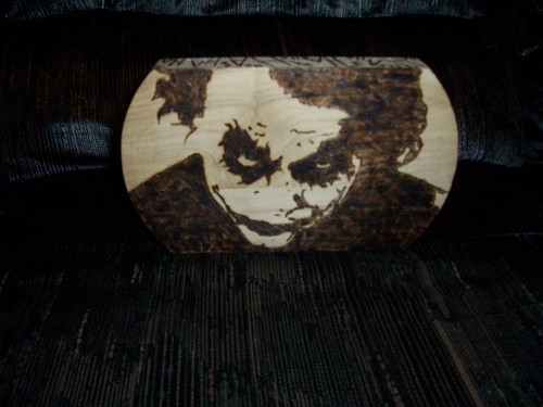 Joker Pyrography par TheInkVillain