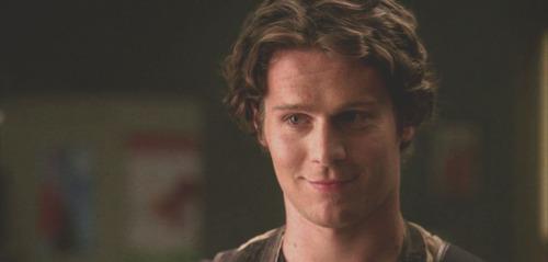 Jonathan (Glee)