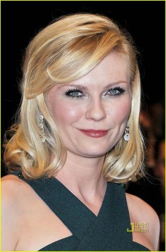 Kirsten Dunst: 'Melancholia' Cannes Premiere!