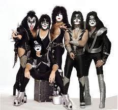 Kiss (family)