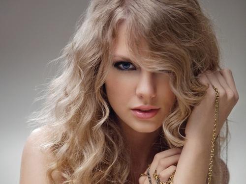 Lovely Taylor kertas dinding ❤