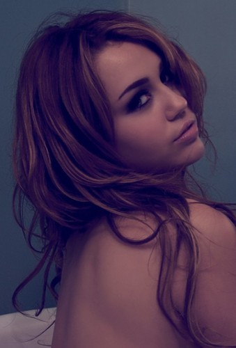 Miley Photoshoot ^_^