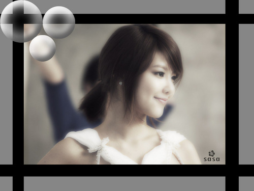 Sooyoung black n white