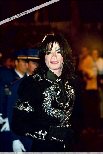 THE KING OF POP :D