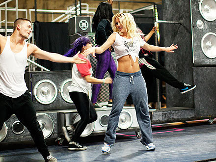 The Femme Fatale Tour- Rehearsals