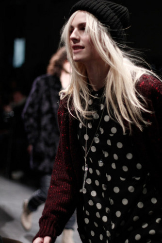 andrej pejic kertas dinding probably containing a konsert entitled andrej