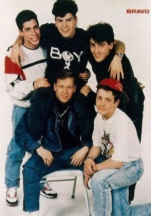 New Kids on the Block 바탕화면 probably with a sign, a well dressed person, and an outerwear called nkotb