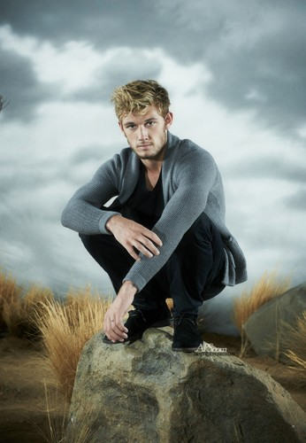 "Alex Pettyfer wallpaper possibly with a well dressed person called ""I Am Number Four"" Promotion Stills [HQ]"