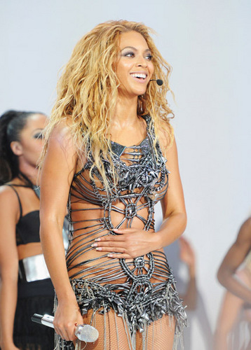Beyonce - Billboard موسیقی Awards - Performance - May 22, 2011