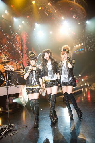 Buono! live 2011 winter!