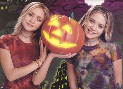 Mary-Kate & Ashley Olsen wallpaper titled Calender 2001