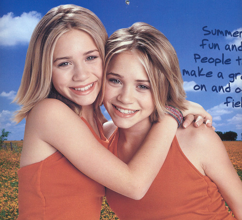 Mary-Kate & Ashley Olsen wallpaper with a portrait titled Calender 2001