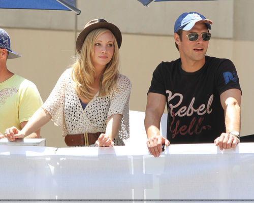 Candice judging the 2011 LA Red सांड, बैल गाड़ी Races! [21/05/11] - Now in UHQ!