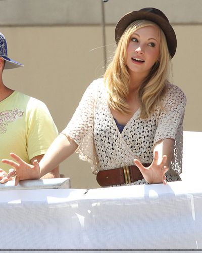 Candice judging the 2011 LA Red 황소, 불 카트 Races! [21/05/11] - Now in UHQ!