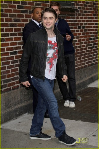 Daniel Radcliffe Performs on Letterman!