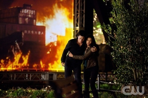 Stelena vs Delena پیپر وال probably with a fire, a street, and a آگ کے, آگ called Delena