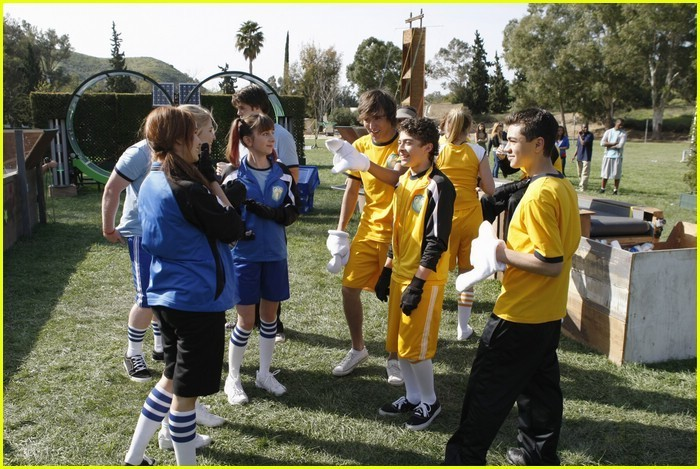 Disney's Friends For Change Games: Meet The Blue Team!