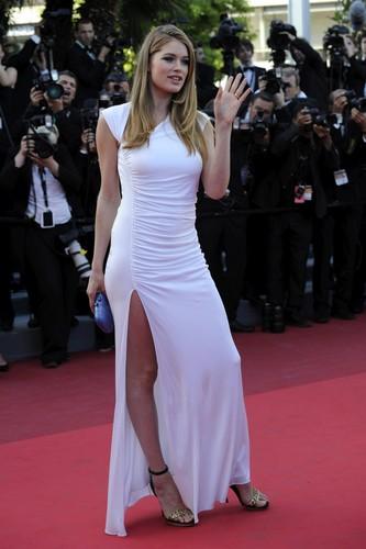 "Doutzen Kroes – ""The Beaver"" Premiere in Cannes"