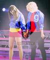 欢乐合唱团 Live Tour 2011 ♥