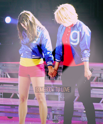 Lea Michele and Dianna Agron wallpaper titled Glee Live Tour 2011 ♥