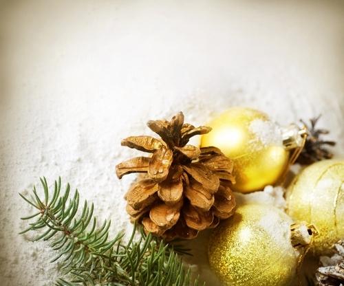 Golden क्रिस्मस decorations