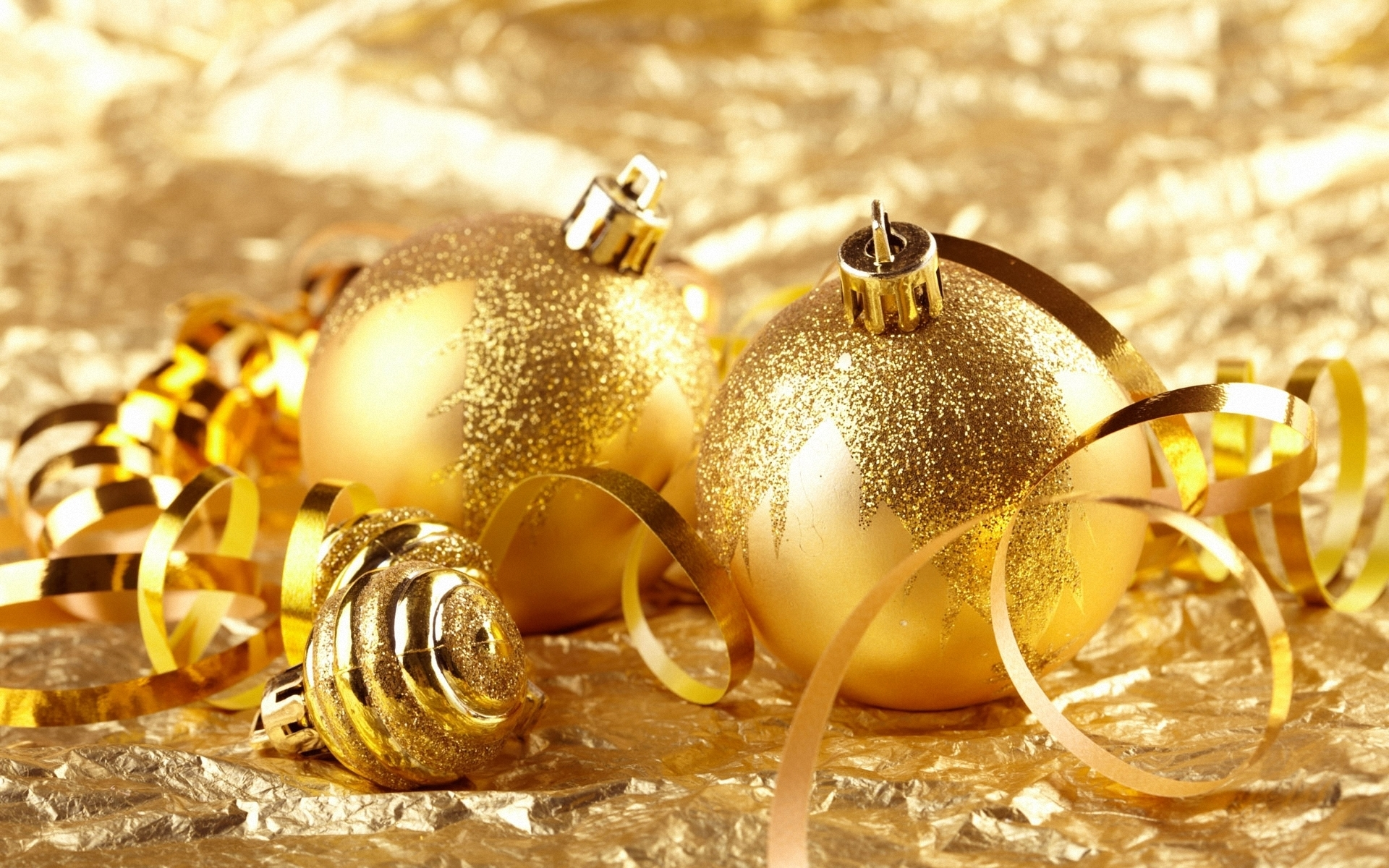 Golden christmas ornaments christmas wallpaper 22229805 for Christmas decorations